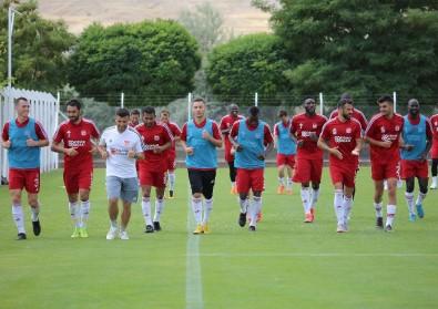Yiğido Beşiktaş'a bileniyor