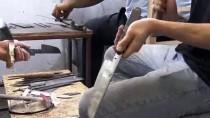BAHATTİN ÇELİK - Meşhur Hartlap Bıçakları Kurbanlıklar İçin Hazırlanıyor