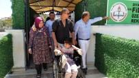 BERDAN MARDİNİ - Berdan Mardini, Diyarbakır'da Özel Eğitim Ve Rehabilitasyon Merkezini Ziyaret Etti