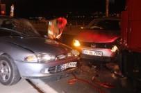 TARABYA - Kontrolden Çıkan Otomobil Karşı Şeritteki Araçla Çarpıştı Açıklaması 1 Ağır Yaralı