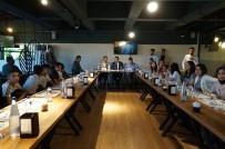 KİMSESİZ ÇOCUKLAR - Yeni Açılan Kafenin İlk Günkü Gelirinin Yarısı Kimsesiz Çocuklara Bağışlandı