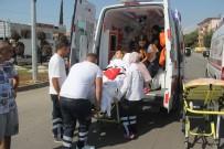 ÖZEL AMBULANS - Ambulans Kaza Yapınca Yeniden Hastanelik Oldu