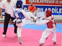 METIN ŞAHIN - Sivas'ta Yapılan Taekwondo Şampiyonası Sona Erdi