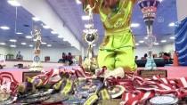 MEHMET BAYRAKTAR - 11 Yaşındaki Milli Sporcu 7 Yıla 38 Madalya Ve 3 Kupa Sığdırdı