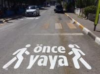 Büyükşehir'den 'Önce Yaya' Çalışması