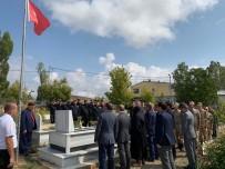 AYETLER - Şehit Serkan Saka Şehadetinin Yıl Dönümünde Dualarla Anıldı