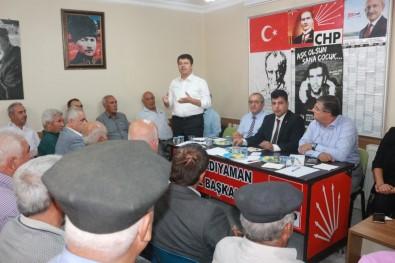 CHP Milletvekilleri Parti Üyeleriyle Bir Araya Geldi