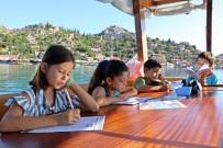 ÇEVRELI - Öğrencilerin Turistleri Bile Kıskandıran Taşımalı Eğitimi