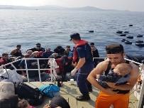 KÜBA - Kuşadası Körfezi'nde 30'U Çocuk 85 Düzensiz Göçmen Yakalandı