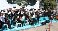 TURNE - İzmir Devlet Senfoni Orkestrası Erzincan Garı'nda Konser Verdi
