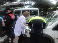 TARABYA - İstanbul'daki Denetimde Sigara İçerken Yakalanan Sürücüler Arasında İlginç Diyalog