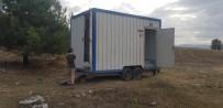AHMET DEMİR - Yarış Alanına Konulan Seyyar Tuvaletin Deposunu Ve Musluklarını Çaldılar