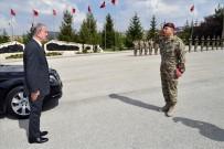 ÖZEL KUVVETLER KOMUTANLIĞI - Bakan Akar, Özel Kuvvetler Komutanlığını Ziyaret Etti