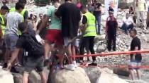 TRAVIS - İngiliz Enduro Yarışçısı Kütük Üzerinden Geçerken Suya Düştü