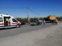 HASANLAR - İzmir'de Ortalığı Savaş Alanına Çeviren Kaza Açıklaması 7 Yaralı