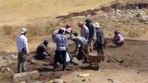 NEOLITIK - Karahantepe'deki Kazı Çalışmaları