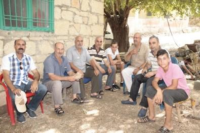 Erganili Vatandaşları Merakta Bırakan Taş