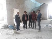 SECCADE - Kaymakam Dundar İle Belediye Başkanı Ensari Yapımı Devam Eden Merkez Camii İnşaatında İncelemelerde Bulundular.