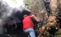 Uçurumdan Yuvarlanan Kamyon Alev Alev Yandı Açıklaması 3 Ölü