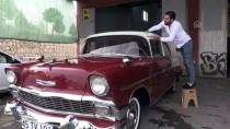 KLASİK OTOMOBİL - 1956 Model Otomobilini Lüks Araçlara Değişmiyor