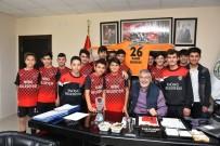 KADIR BOZKURT - İnönü Belediyesi Gençler İçin Çalışıyor