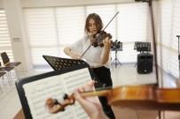 PERKÜSYON - Küçükçekmece'de Müzik Akademisine Büyük İlgi