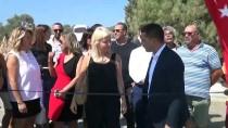 ÖMÜR GEDİK - Kuşadası'nda Hayvan Mezarlığı Açıldı