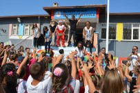 MUSTAFA KARAMAN - Ayvalık'ta Miniklere 'Okuluna Hoş Geldin' Şenliği