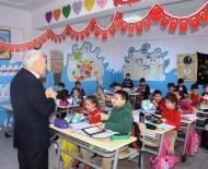Lapseki'de 3 Bin 390 Öğrenci Ders Başı Yaptı