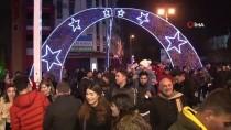 NOEL - Kadıköy'de Yeni Yıla Şınav Çekerek Girdiler