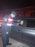 TRAFİK DENETİMİ - Mersin'de Jandarma Ekipleri Sabaha Kadar Görev Yaptı