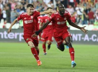 İSTIKBAL MOBILYA - Sivasspor Uzatmalarda 6 Gol Attı