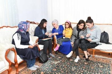 Büyükşehir Kız Çocuklarının Okumasına Destek Veriyor