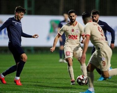 Galatasaray, Hazırlık Maçında Adana Demirspor'u 1-0 Yendi