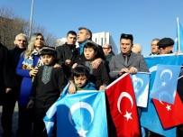 UYGUR TÜRKLERİ - Kızılay Meydanı'nda Uygur Türklerine Destek Eylemi
