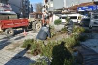 Atatürk Meydanı Çiçek Bahçesine Dönüştü