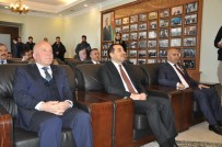 AZERBAYCAN CUMHURBAŞKANI - Azerbaycan'ın 100. Yıl Anısına Madalya Verildi