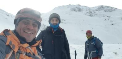 Dağcılar, 2 Bin 148 Rakımlı Mastar Dağı'na Tırmandı