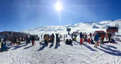 Erciyes, Hafta Sonu 53 Şehirden 90 Bin Ziyaretçi Ağırladı