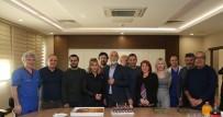 ÇALIŞAN GAZETECİLER - Özkan Çiftinden, Gazetecilere Pastalı Kutlama