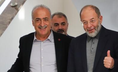Prof. Dr. Recep Akdağ, Atatürk Üniversitesini Ziyaret Ederek Çalışmalar Hakkında Bilgi Aldı