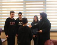 CERRAHPAŞA TıP - Kaya'dan Öğrencilere Altın Öğütler Açıklaması 'İdeallerinizden Vazgeçmeyin'