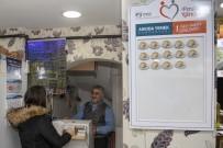 PENDİK BELEDİYESİ - Pendik'te Askıda Yemek Yüzleri Güldürüyor