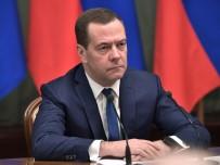 REFERANDUM - Başbakan Medvedev, Güvenlik Konseyinde Görev Alacak