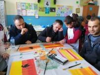KARAOĞLAN - Veliler Çocukları İle El Sanatları Yaptı