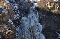 SIBIRYA - Kars'ın Soğuğu Şelaleyi Dondurdu