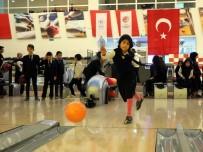 Öğrenciler Hayatlarında İlk Kez Deniz Gördü, Bowling Oynadı