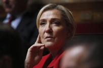 EMMANUEL MACRON - Sağcı Partinin Lideri Le Pen Açıklaması '2022'De Aday Olacağım'