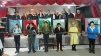 OCAKLAR - 'Yürüyen Tablolar' Sergisi Büyük İlgi Topladı