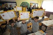 ALI SıRMALı - 23 Bin 782 Öğrenci Edremit'te Karne Aldı